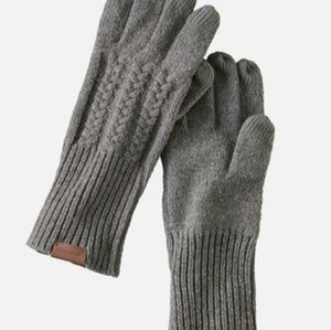 Pendleton Hat and Gloves set